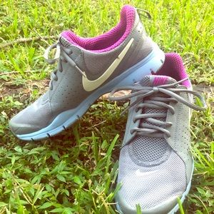 🔥Nike walking shoes 🔥